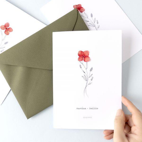 Invitaciones de boda con flor natural roja