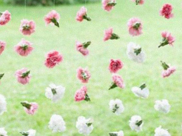 flores colgadas boda