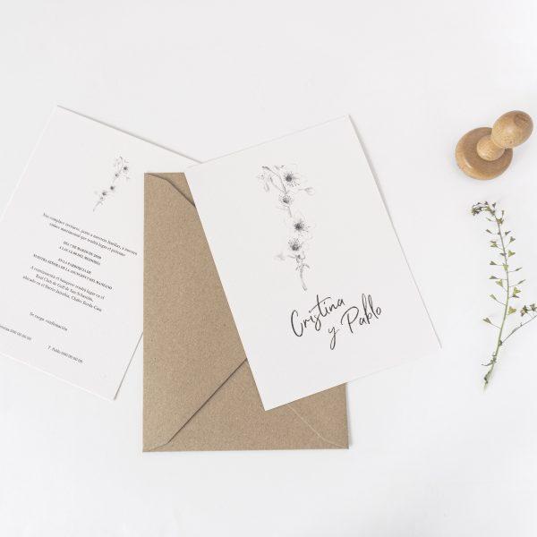 invitaciones boda minimalistas sobre kraft